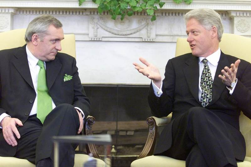 Bertie Ahern and Bill Clinton 2000 03 17